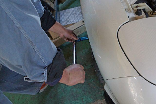 タイヤの締め付け確認